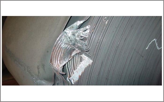 不锈钢带撞伤的预防和处理
