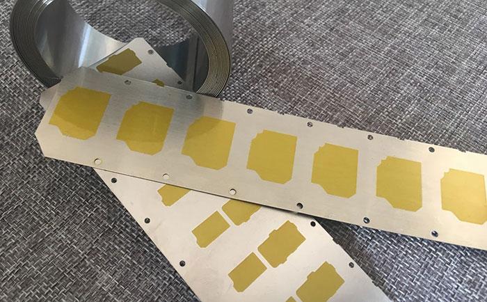 鑫发首次研发绝缘涂层材料,略有小成